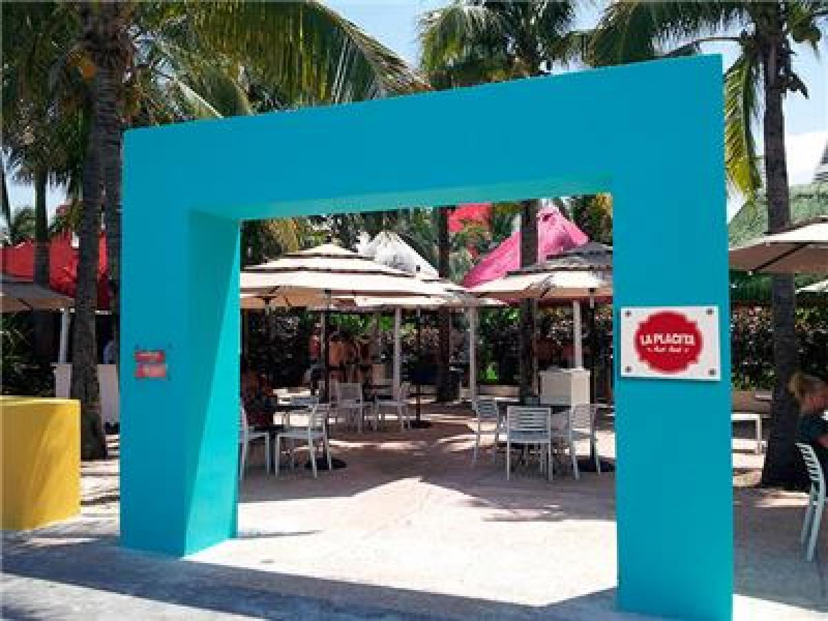 Oasis Cancun Lite Mexico - La Placita