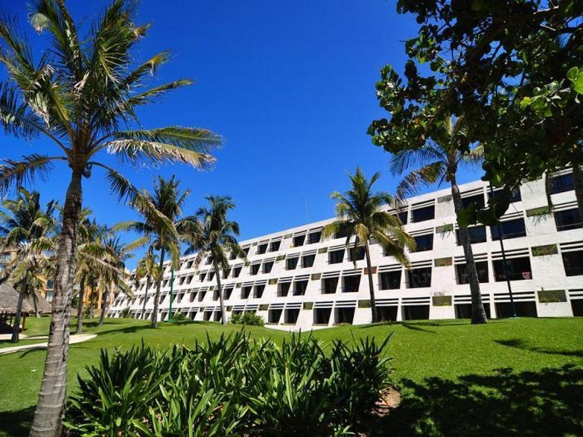 Oasis Cancun Lite Mexico - Resort Building