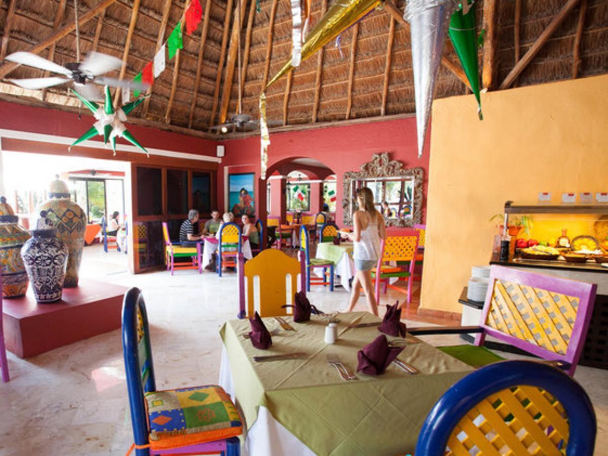 Oasis Cancun Lite Mexico - Hacienda sarape