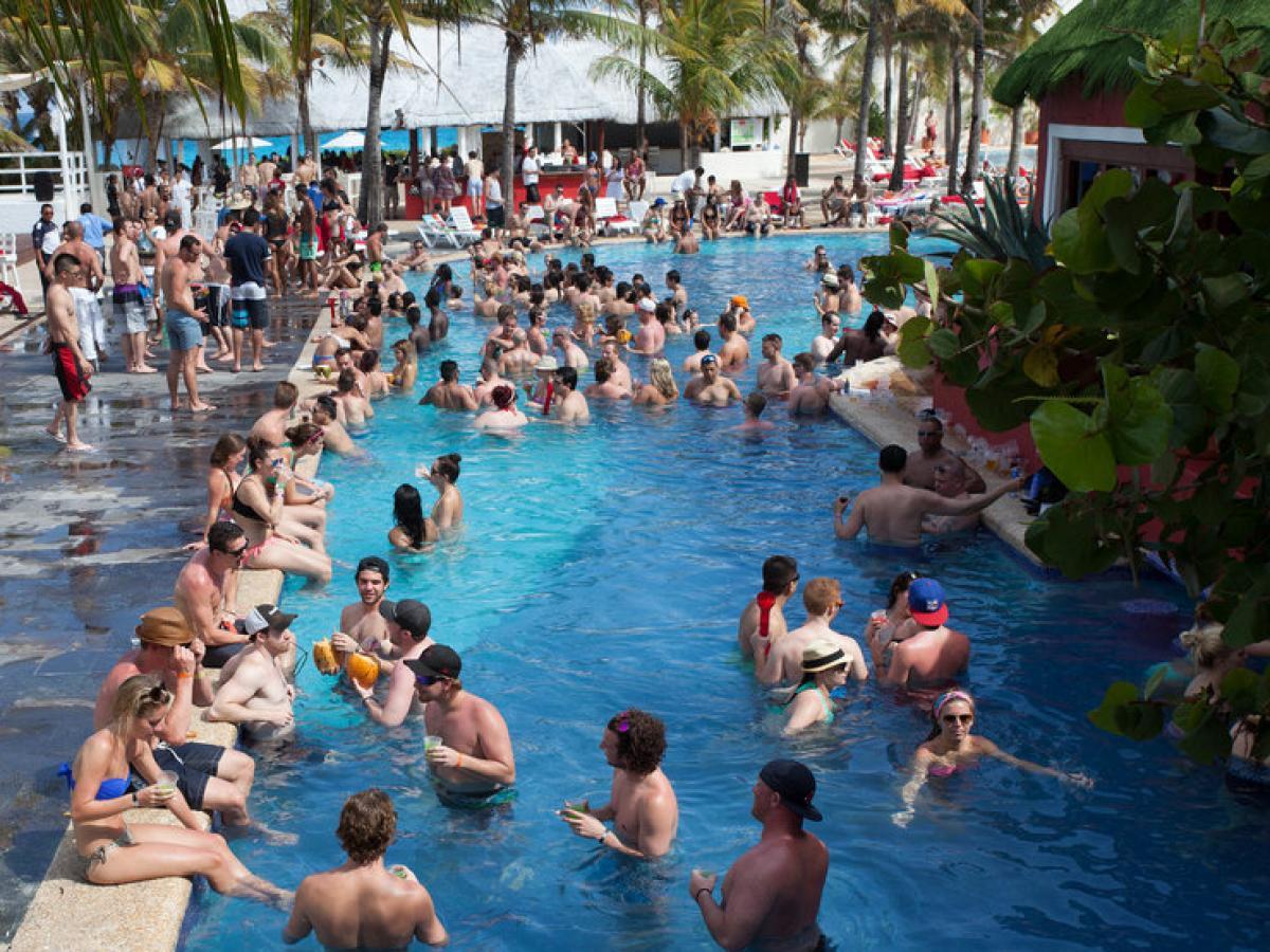 Oasis Cancun Lite Mexico - Swim Up Bar