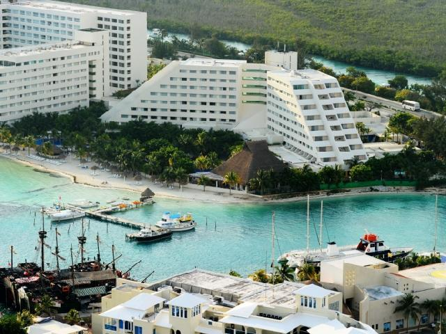 Oasis Beach Cancun The Best Beaches In World