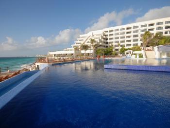 Grand Oasis Sens Cancun Mexico - Swimming Pool