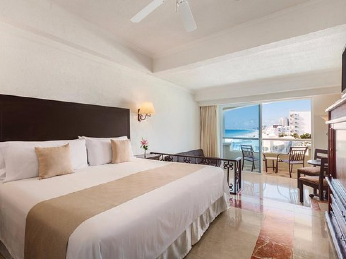 Panama Jack Resort Gran Caribe Cancun - Junior Suite