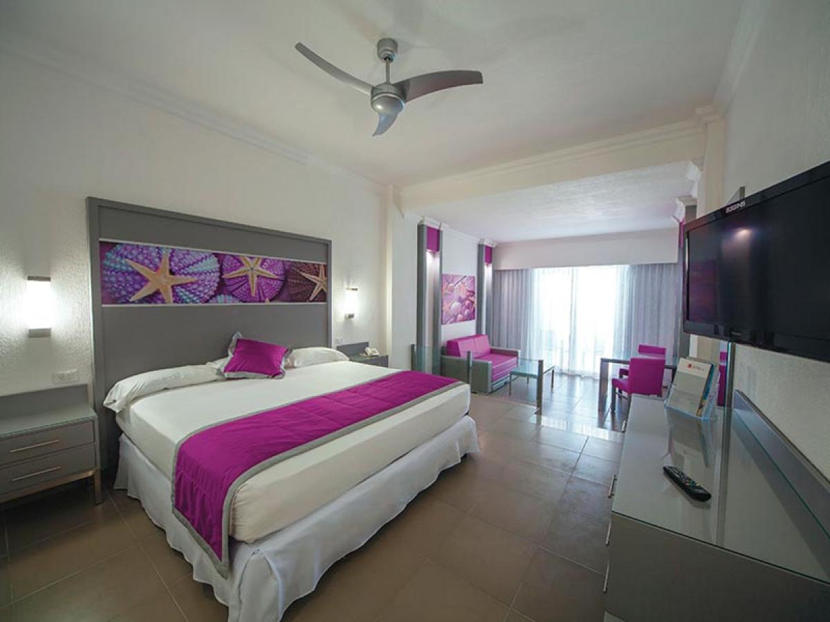 Riu Palace Peninsula Junior Suite Oceanview