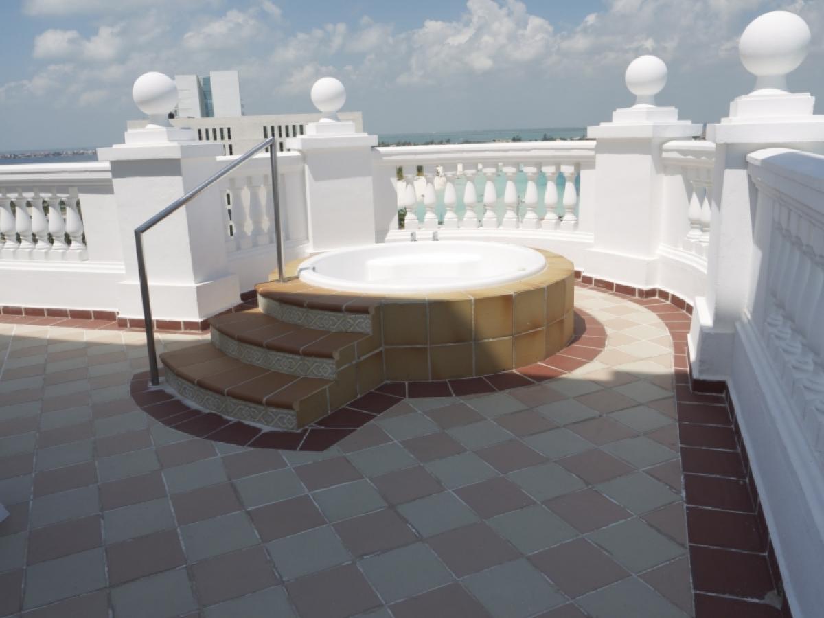 Riu Palace Las Americas Cancun Mexico - Jacuzzi  Suite Ocean Vie