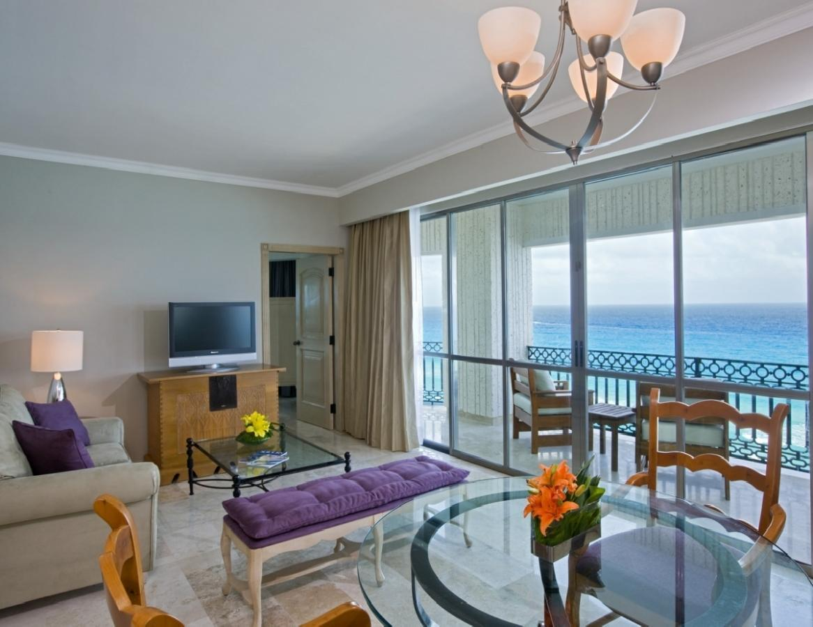 Sandos Cancun Luxury Experience Resort -Caribbean_Suite