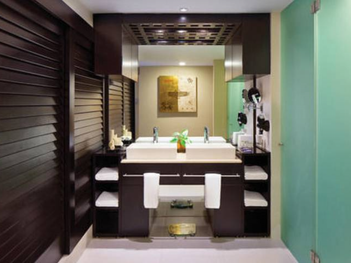 The Fives Beach Hotel and Residences Deluxe room