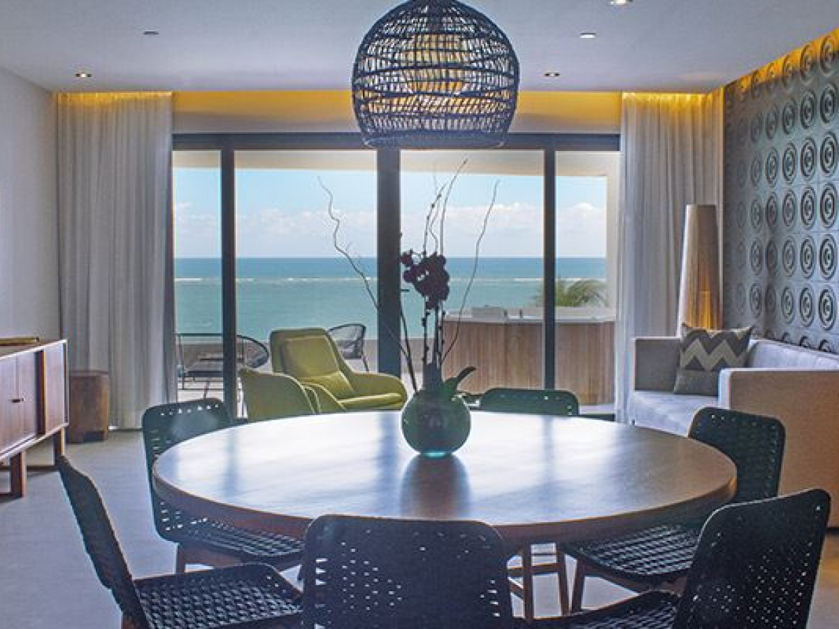 The Fives Ocean front Puerto Morelos two bedroom presidential