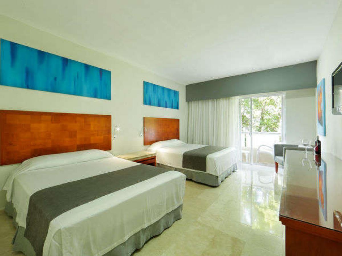 Viva Wyndham Maya Playa Del Carmen Mexico - Deluxe Room
