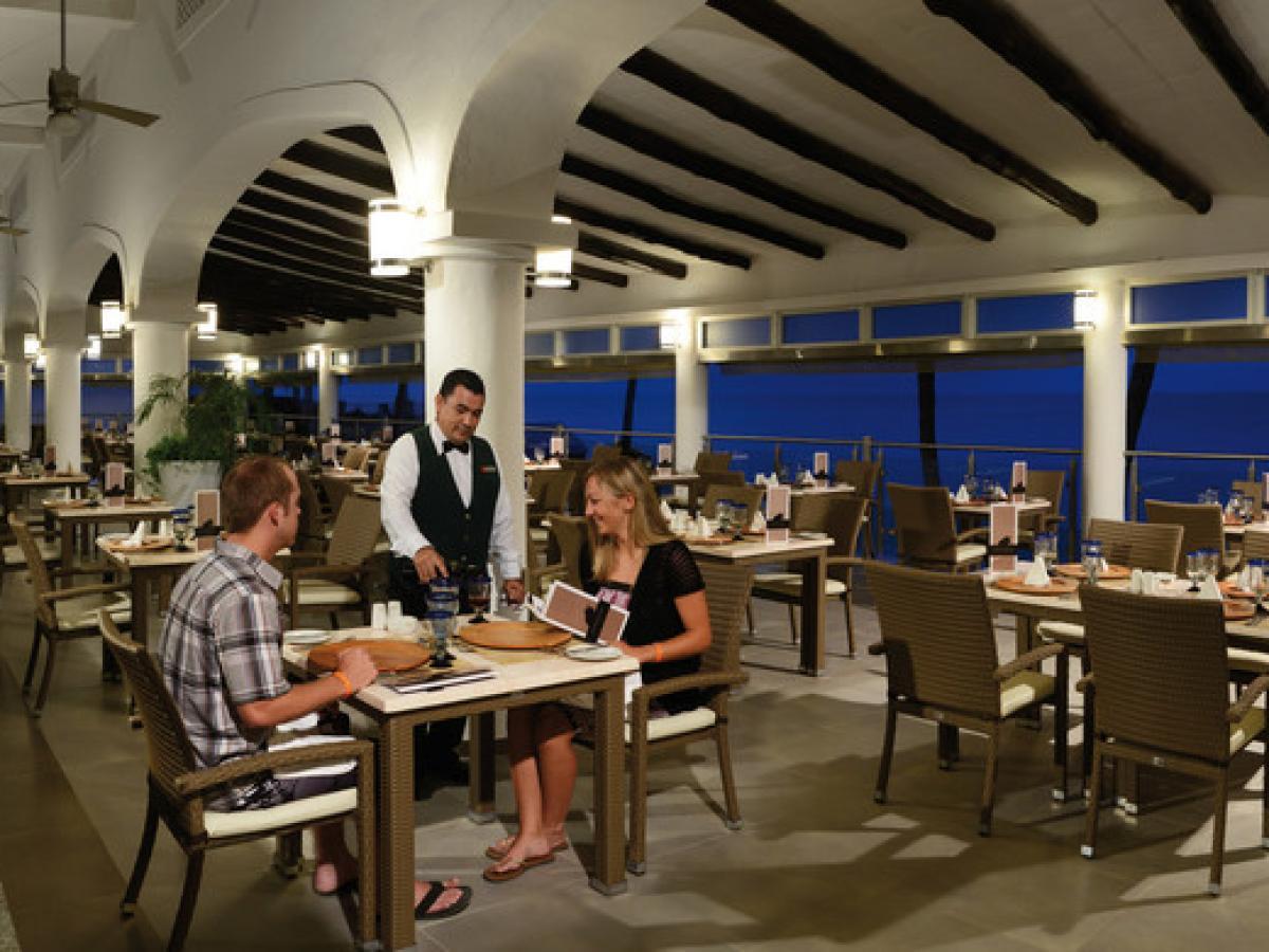 Riu Jalisco Puerto Vallarta Mexico -La Botana Beach Restaurant