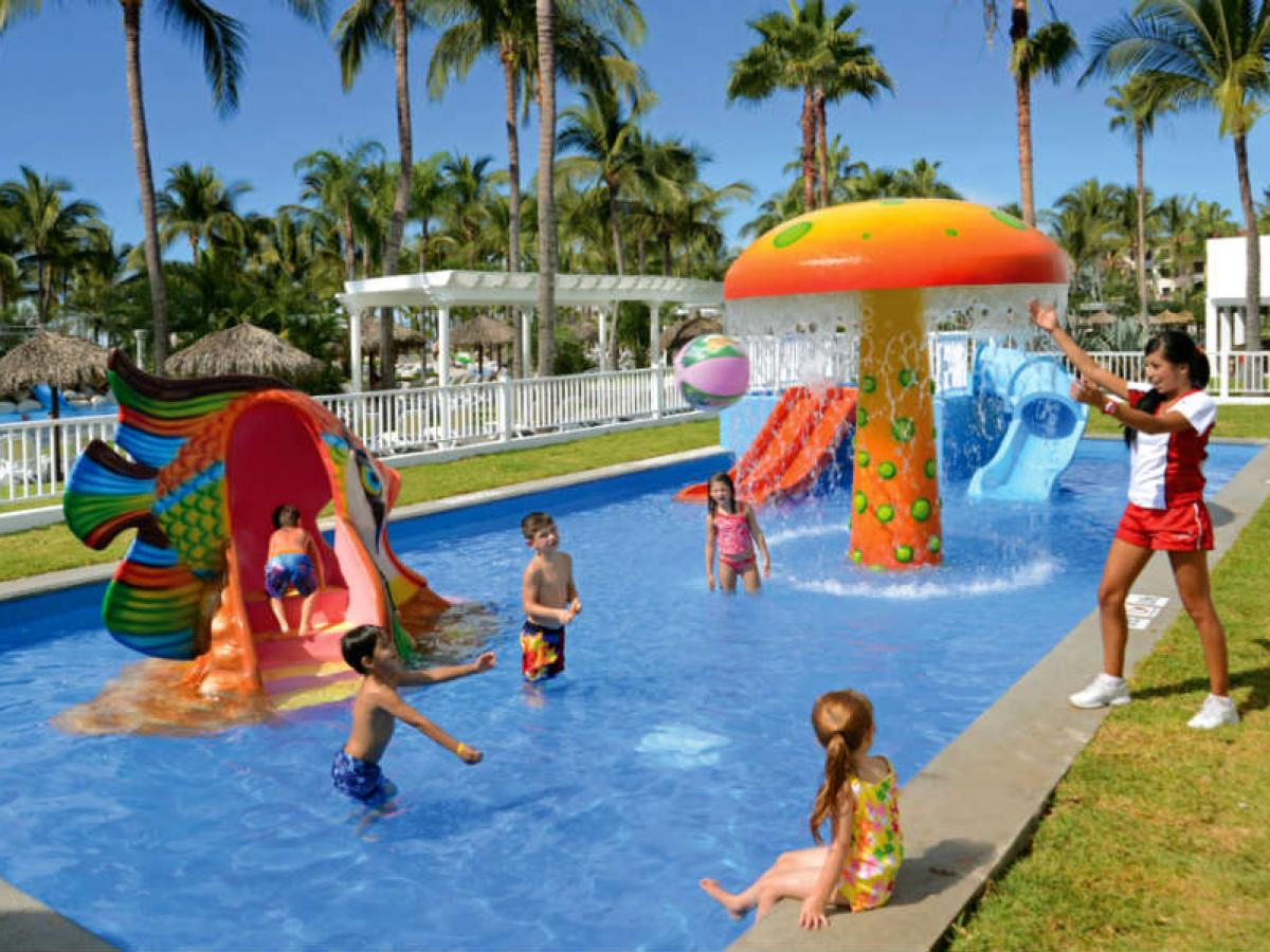 Riu Jalisco Puerto Vallarta Mexico - Riuland kid's club