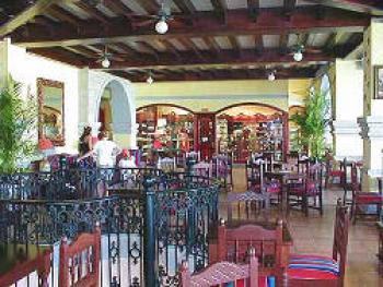 Riu Jalisco Puerto Vallarta Mexico -La Cantina Bar