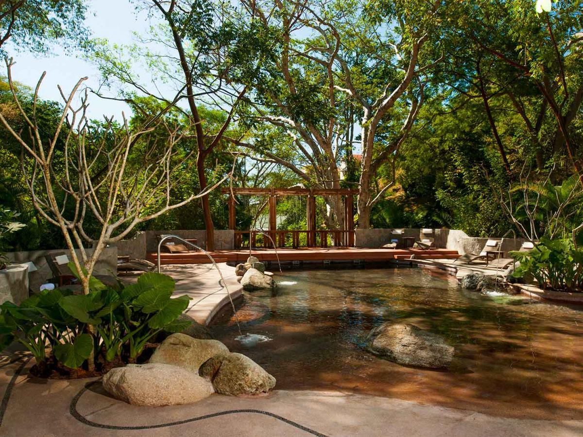 Grand Sirenis Matlali Hills Puerto Vallarta Mexico - Health Bar