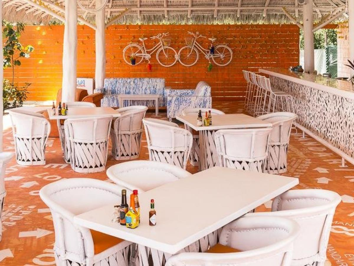 Grand Sirenis Matlali Hills Puerto Vallarta Mexico - Beach Dining