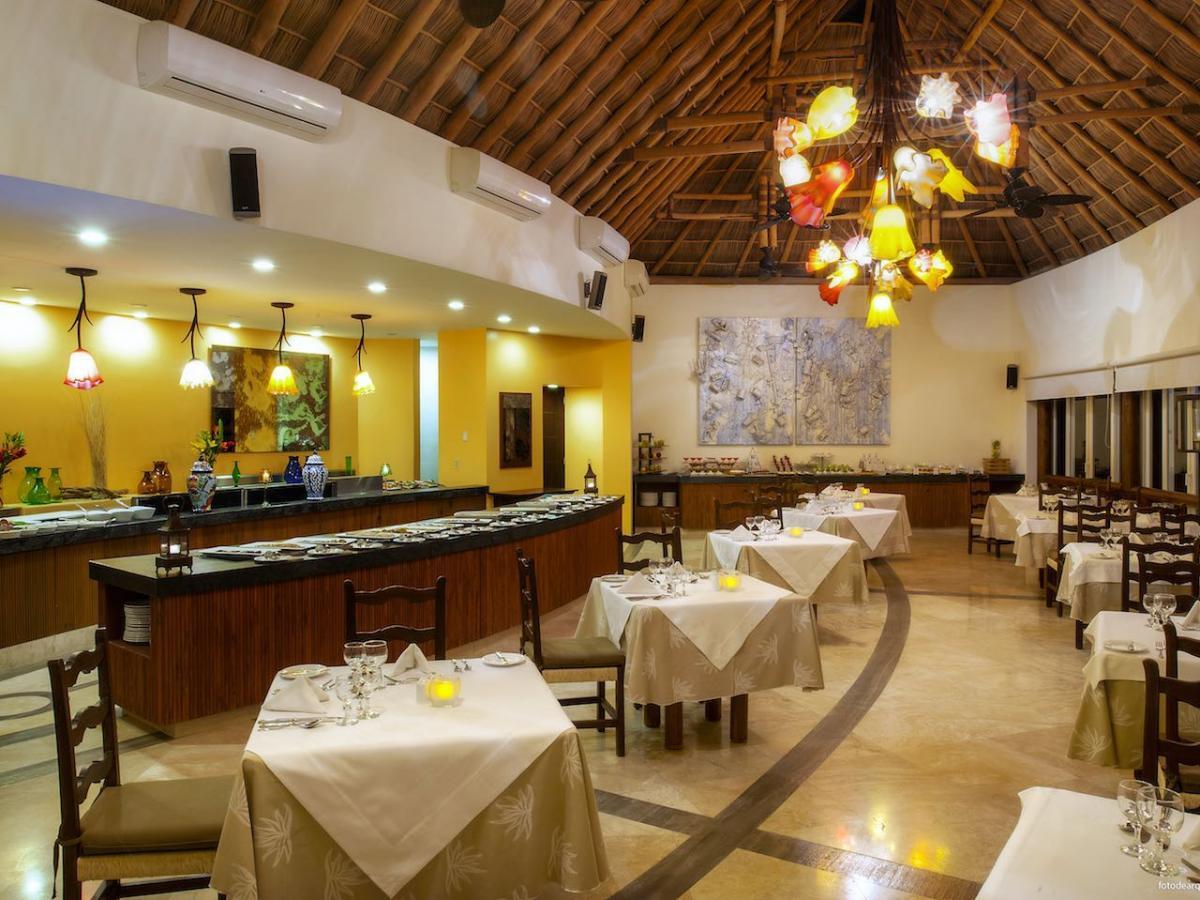 Grand Sirenis Matlali Hills Puerto Vallarta Mexico - Raixes Restaurant