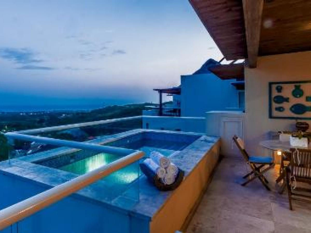Grand Sirinis Matlali HIlls Puerta Vallarta Mexico - Master Suie Ocean View