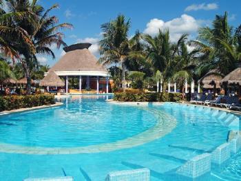 Iberostar Paraiso del Mar Riviera Maya Mexico - Swim Up Bar