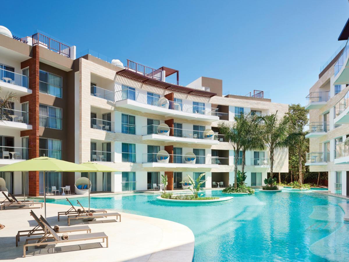 The Fives Azul Beach Resort Playa Del Carmen By Karisma