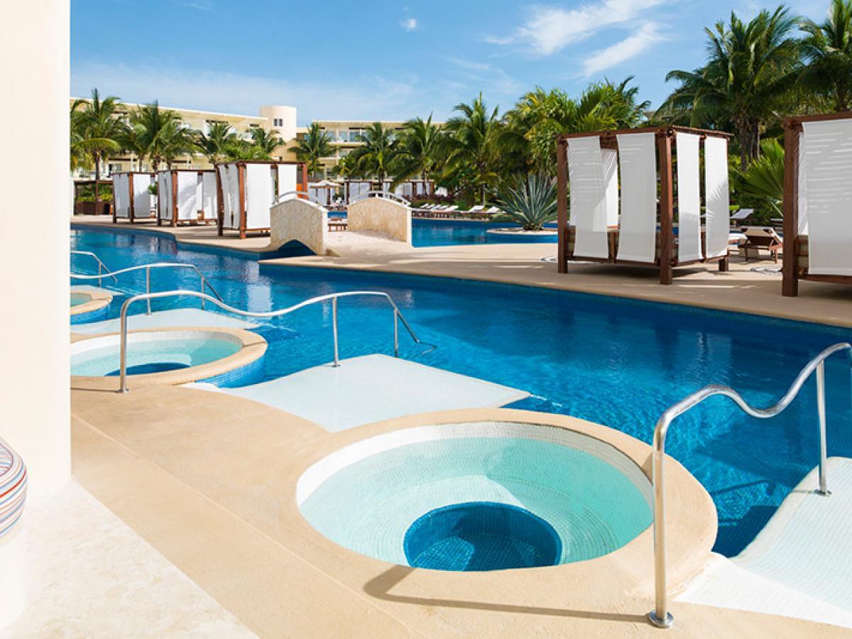 Azul Sensatori Hotel Riviera Maya Mexico - Premium Jacuzzi Suite