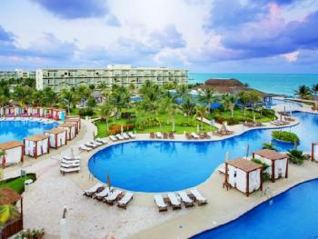 Azul Beach Resort Sensatori Mexico - Swimming Pools