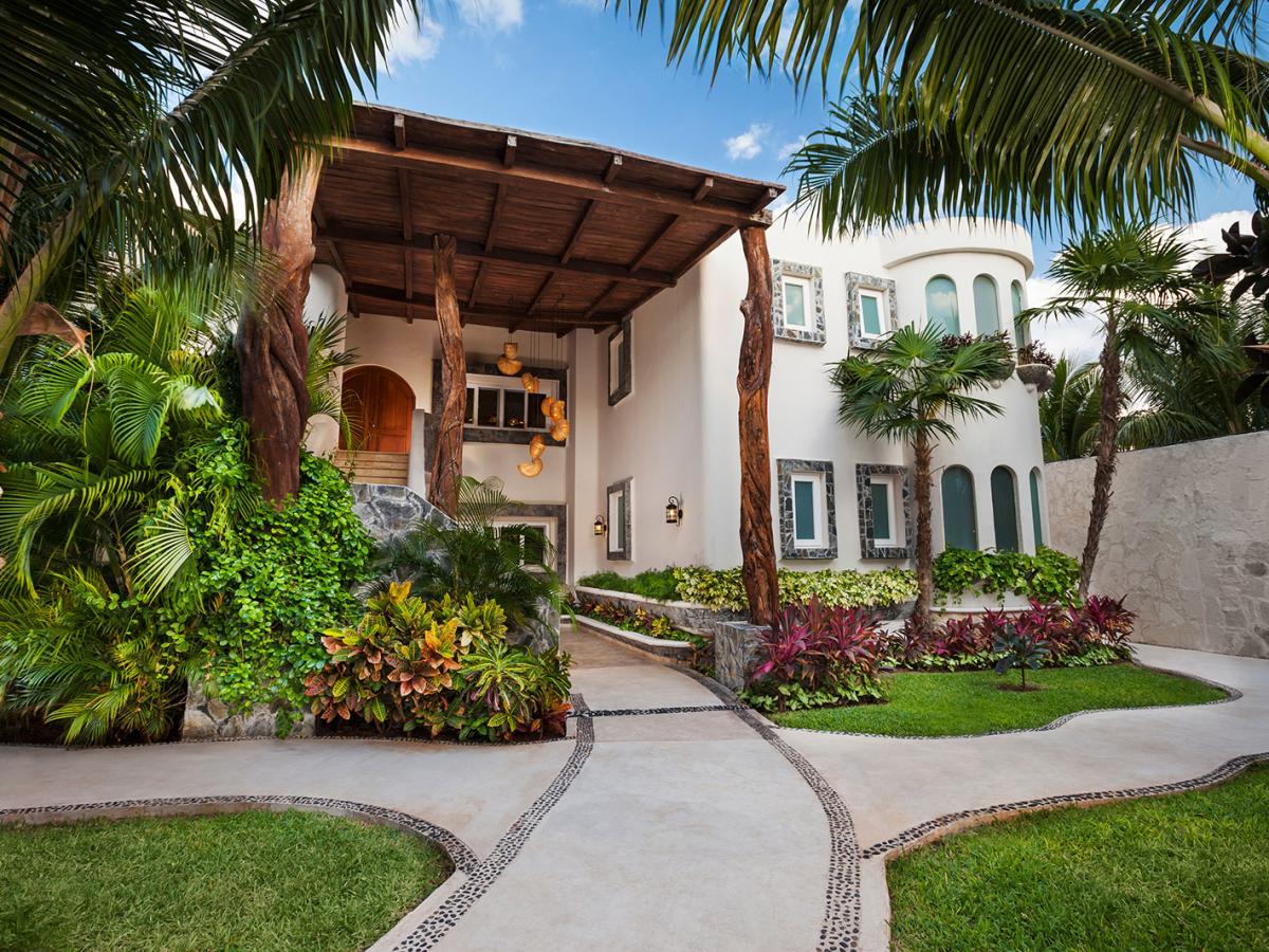 Villa Carola Riviera Maya Mexico Front jpg