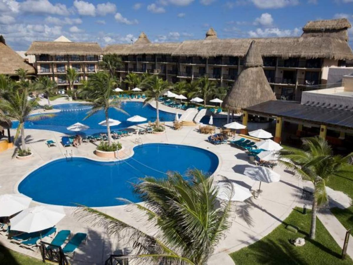 Catalonia Riviera Maya Mexico - Swimming Pools