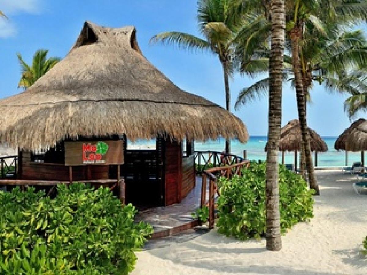 Catalonia Riviera Maya Mexico - Bar Ma Loo