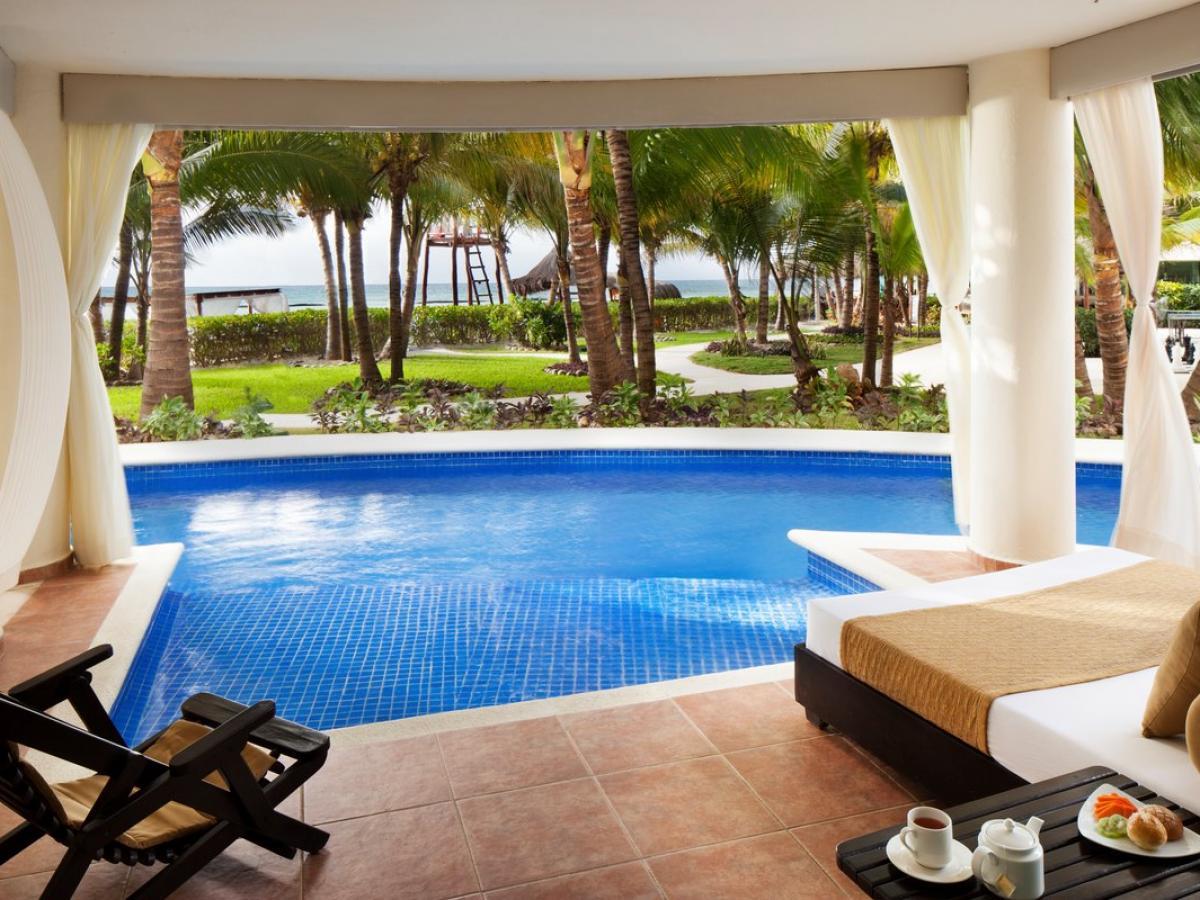 El Dorado Maroma Riviera Maya Mexico - Swim Up Jacuzzi Suite