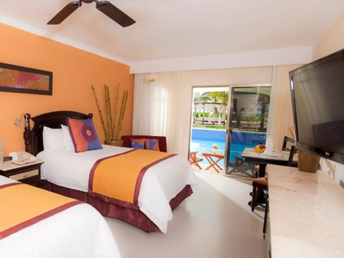 El Dorado Royale RIviera Maya Mexico - Premium Jacuzzi Junior Suite