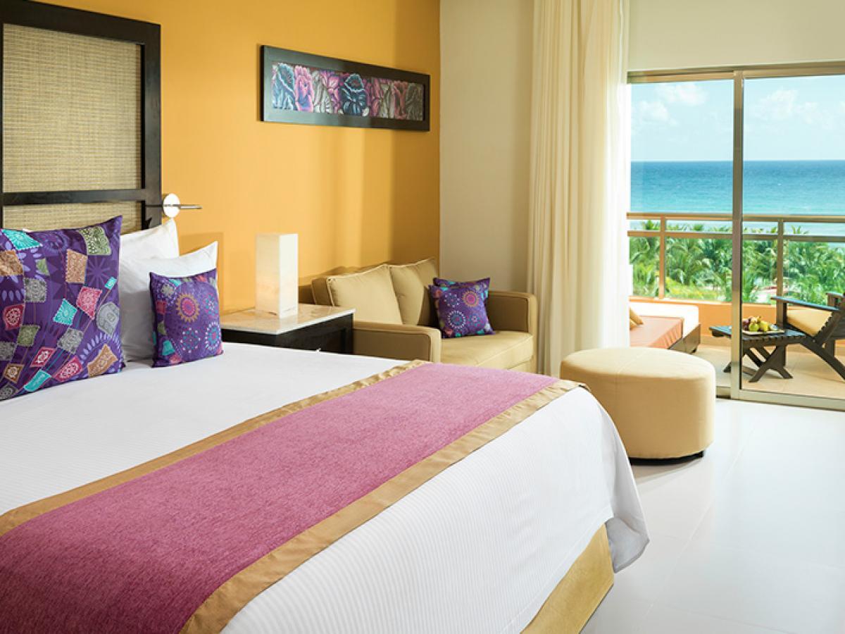 El Dorado Seaside Suites Riviera  Maya Mexico - Premium Jacuzzi