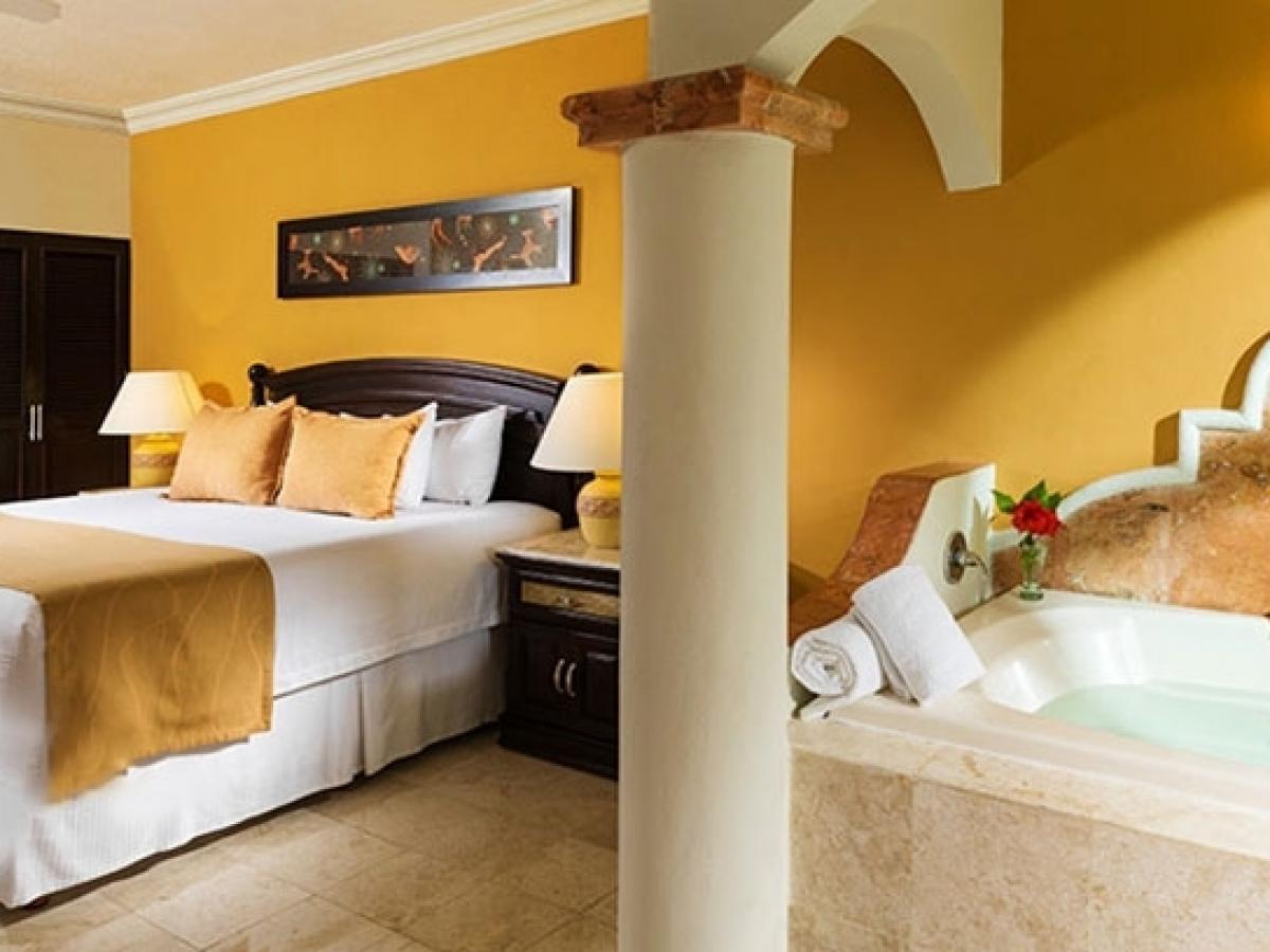 El Dorado Sensimar Riviera Maya Mexico - Jacuzzi Junior Suite