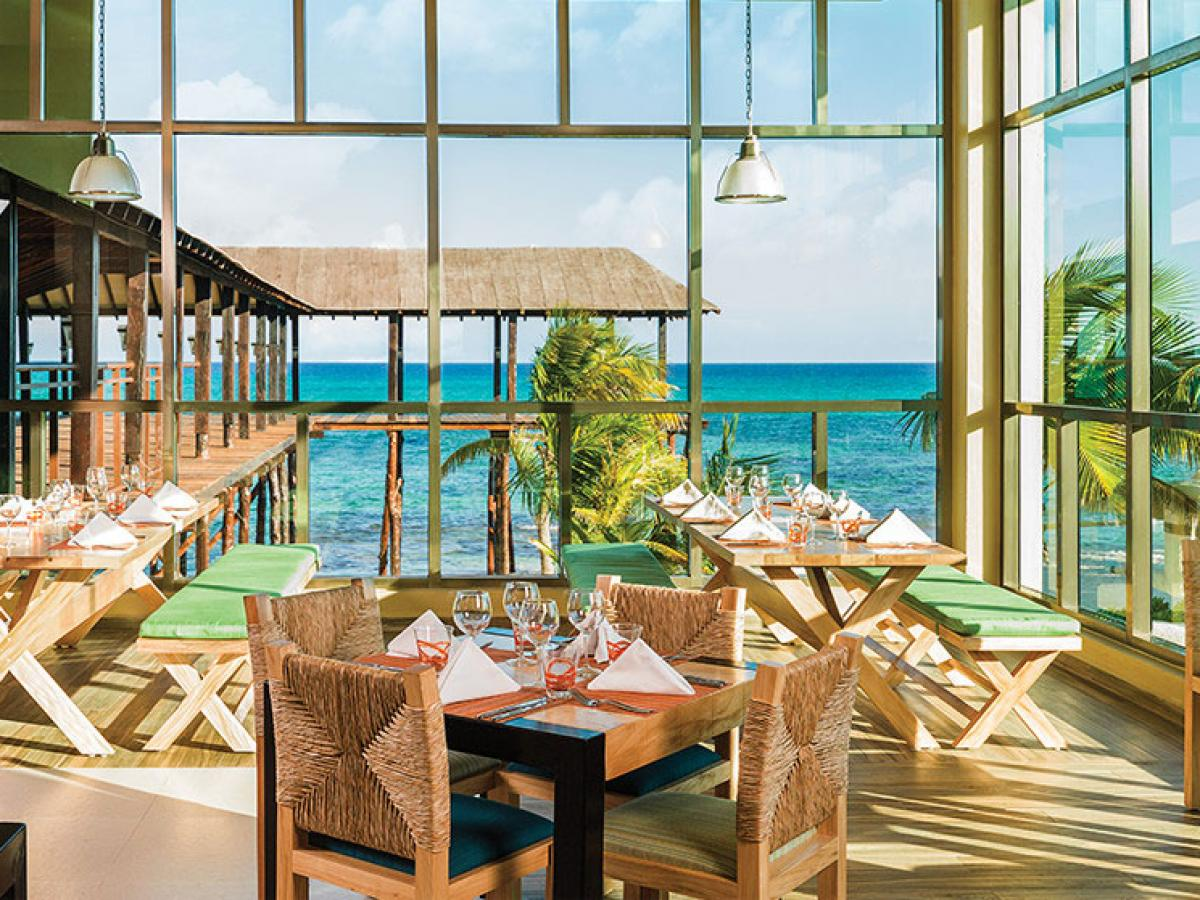 Generations Spa Resort & Hotel Riviera Maya Mexico - Grand Cafe & Deck