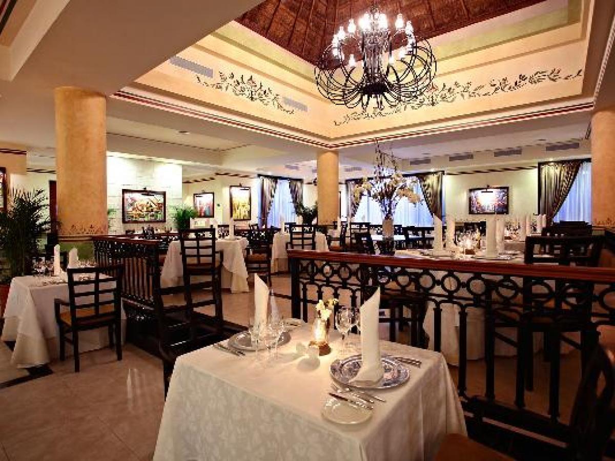 Gran Bahia Principe Coba Riviera Maya Mexico - Le Gourmet Restaurant