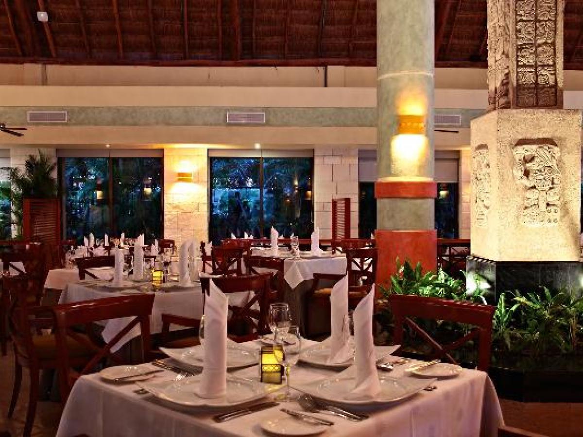 Gran Bahia Principe Coba Riviera Maya Mexico - Oasis Restaurant