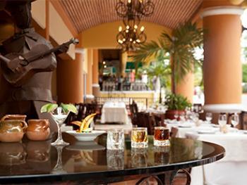 Gran Porto Resort & Spa Riviera Maya Mexico - Lobby Bar