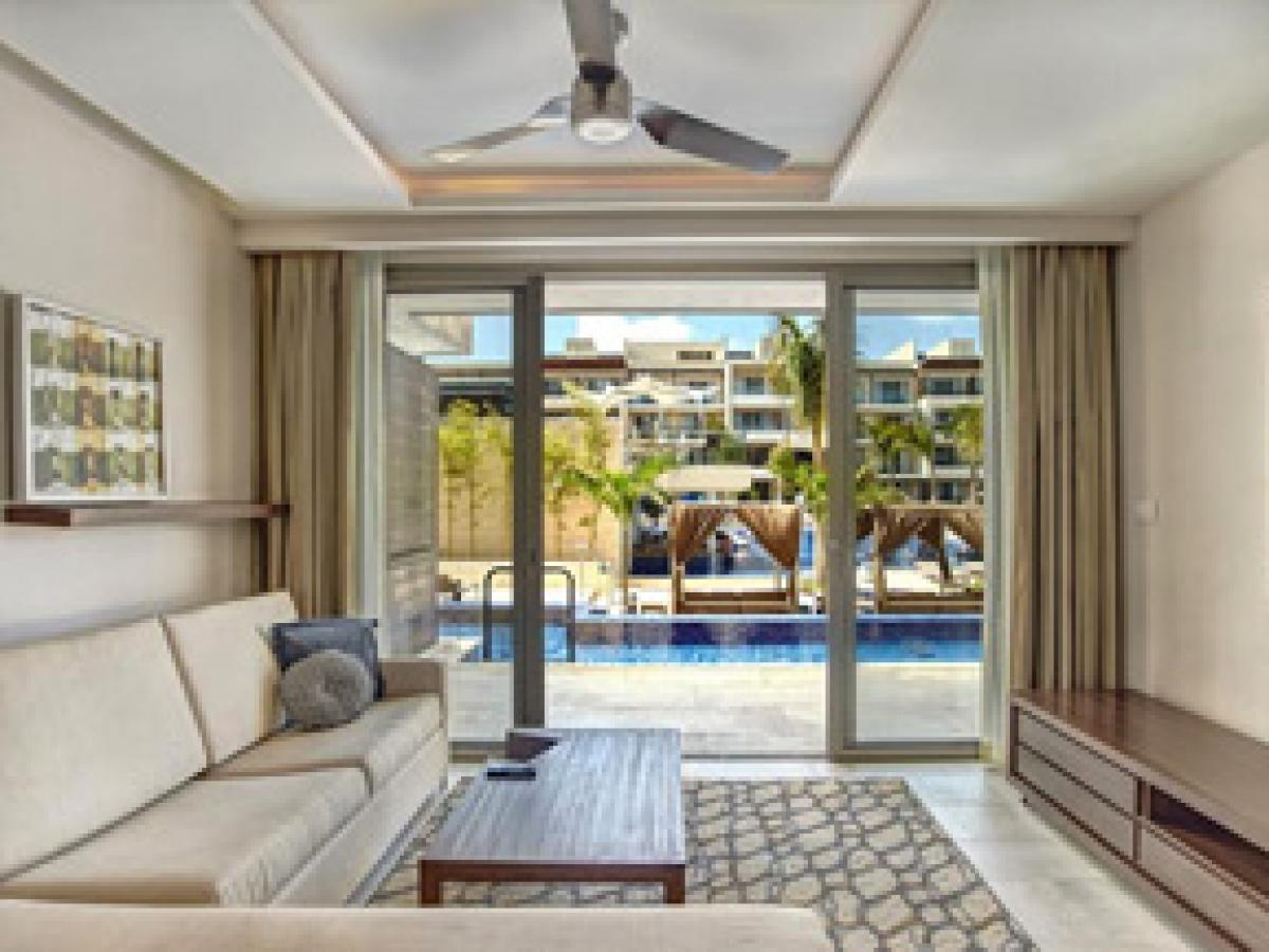 Hideaway Royalton Riviera Cancun Mexico - Diamond Club Luxury Pr