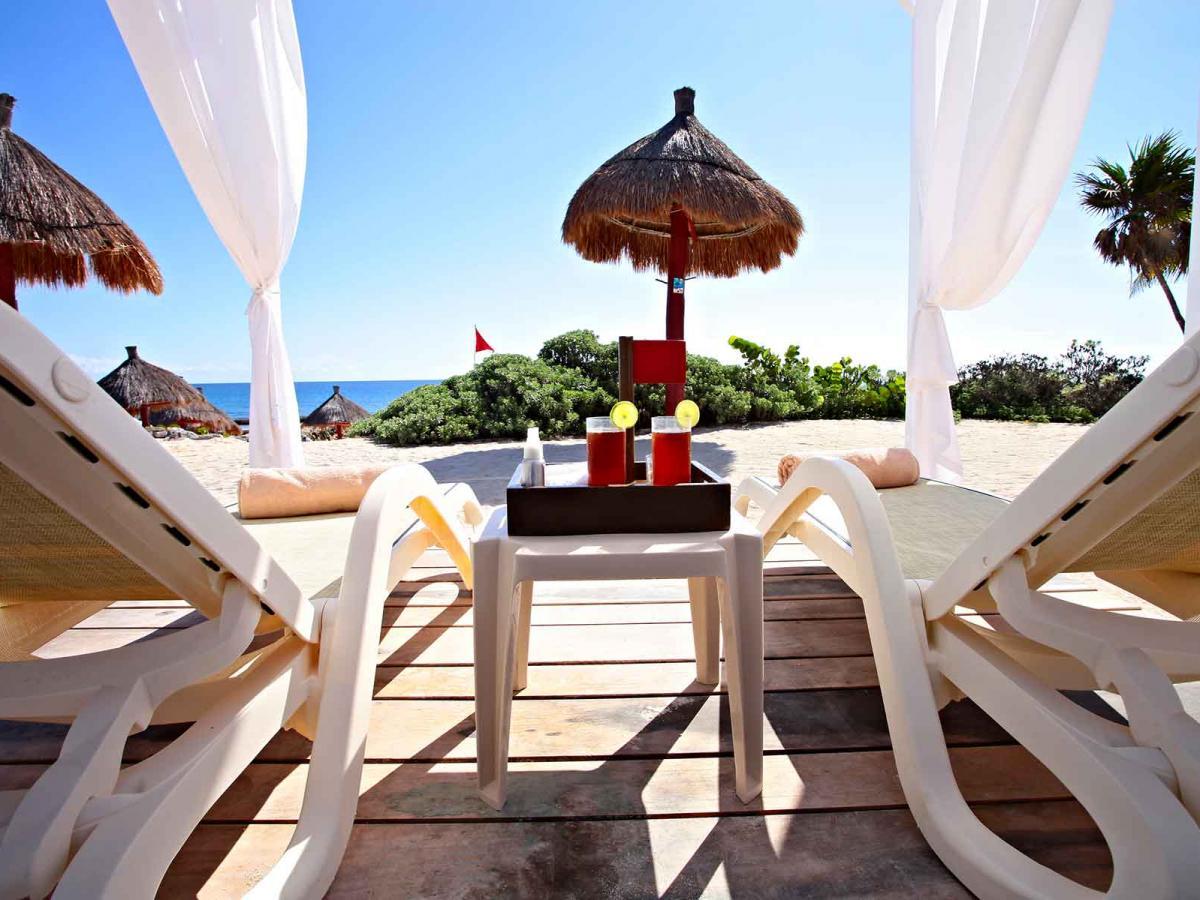 Luxury Bahia Principe Akumal Mexico - Beach Bar