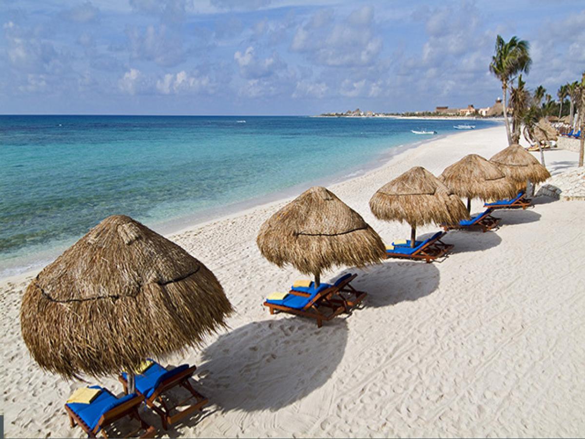 Oasis Tulum Lite Riviera Maya Mexico - Beach and Loungers