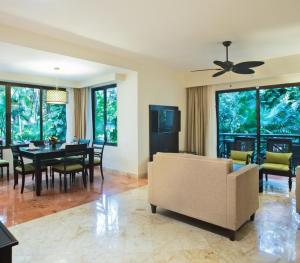 Occidental At Xcaret Riviera Maya - Royal Level Suite