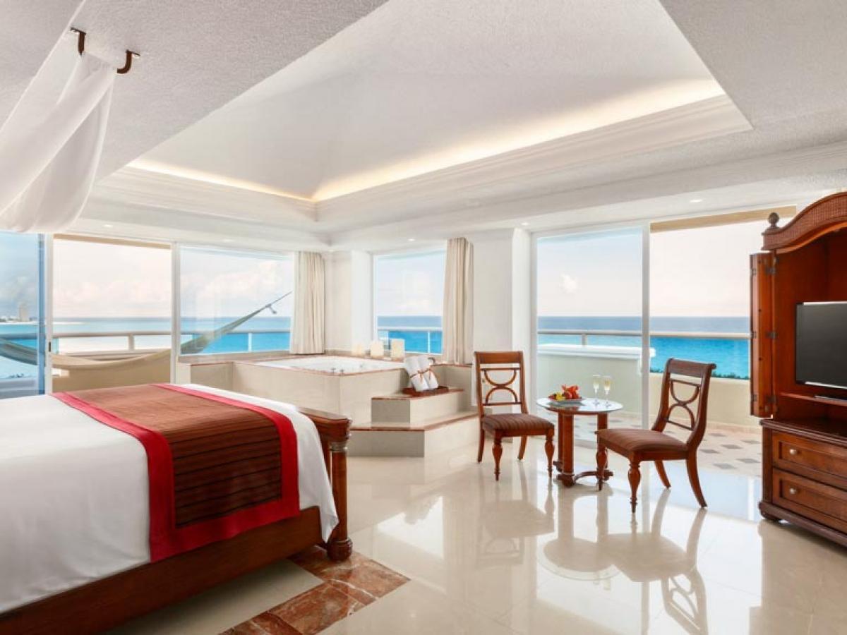 Panama Jack Gran Porto Mexico - Master One Bedroom Premium Suite