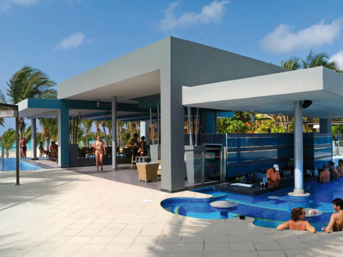 Riu yucatan playa del carmen stsvacations - Piscina playa ...