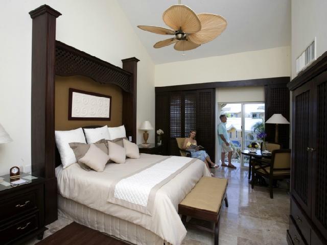 Royal Hideaway Playacar Playa Del Carmen Mexico - Luxury Room