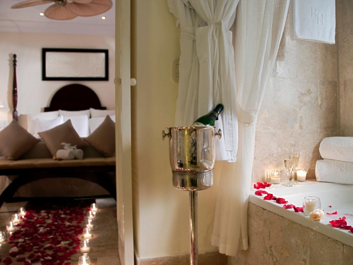 Royal Hydeaway Playa Del Carmen Mexico - Suite Honeymoon