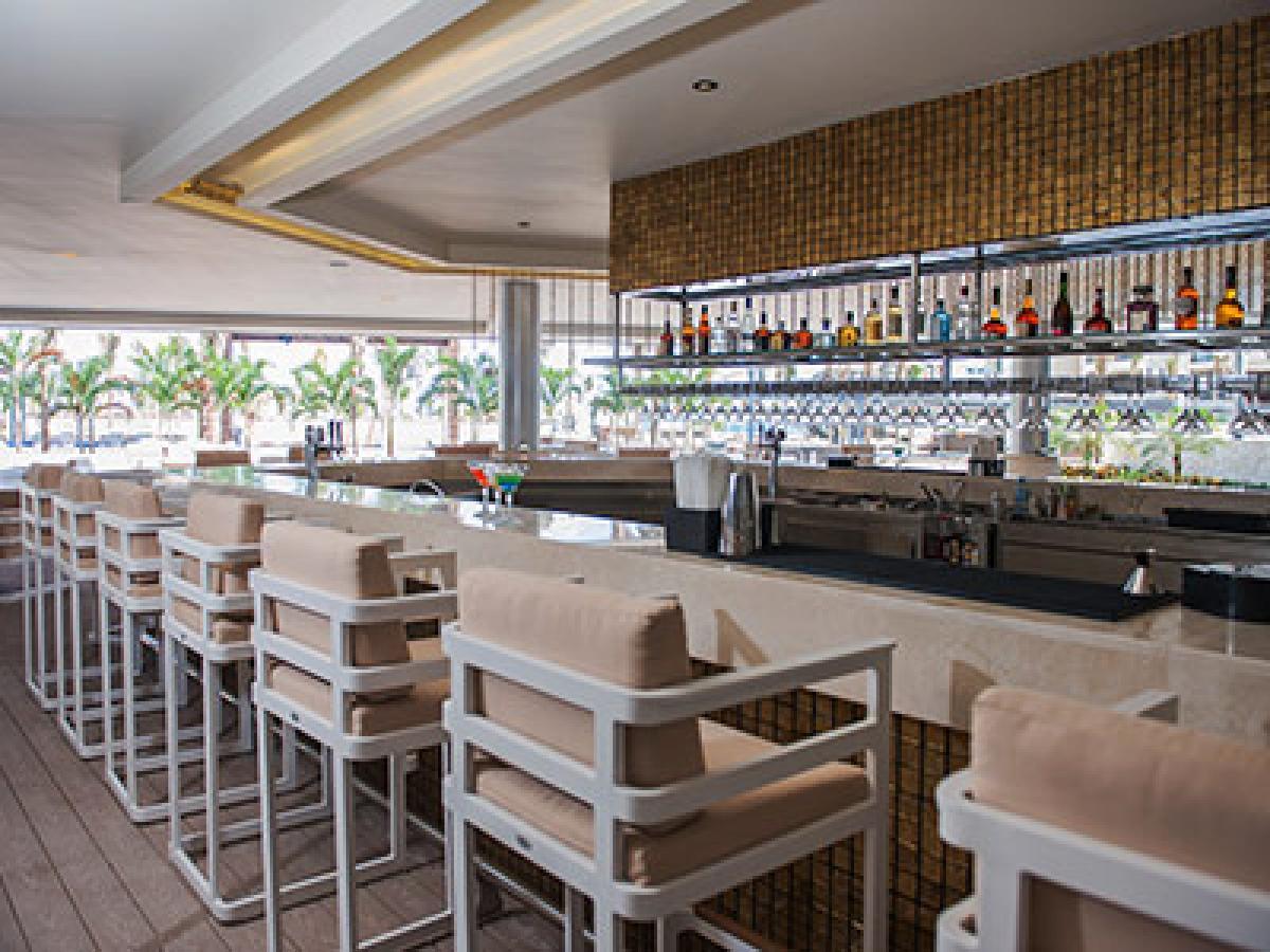 royalton riviera cancun resort spa cancun stsvacations. Black Bedroom Furniture Sets. Home Design Ideas
