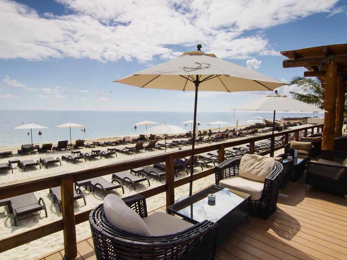 Royalton Riviera Cancun Mexico - Tides Beach Bar