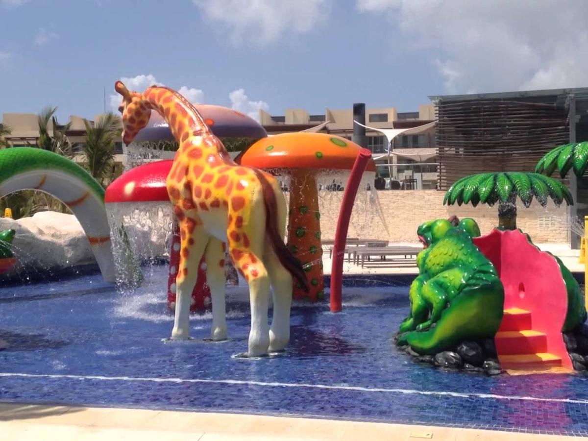 Royalton Riviera Cancun Mexico - Children's Programs