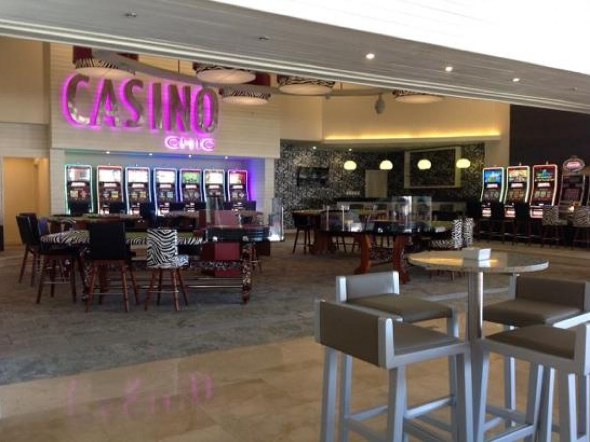 Royalton St Lucia - Casino Bar