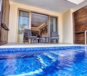 Royalton St Lucia - Swim Out Suite