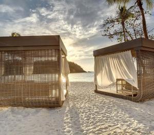 Royalton St. Lucia- Beach