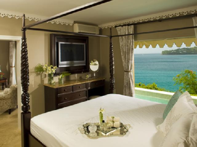 Sandals Regency La Toc Golf Resort & Spa in St. Lucia - St. Luci